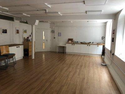 imagine-large-studio-empty